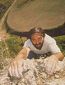 Juanito escalando. Foto: Archivo Desnivel