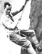 Hans Dülfer ideó la primera escalada de graduación de dificultades en roca.