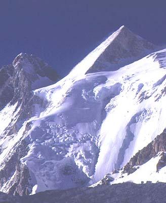 El Gasherbrum II (8.035 metros)