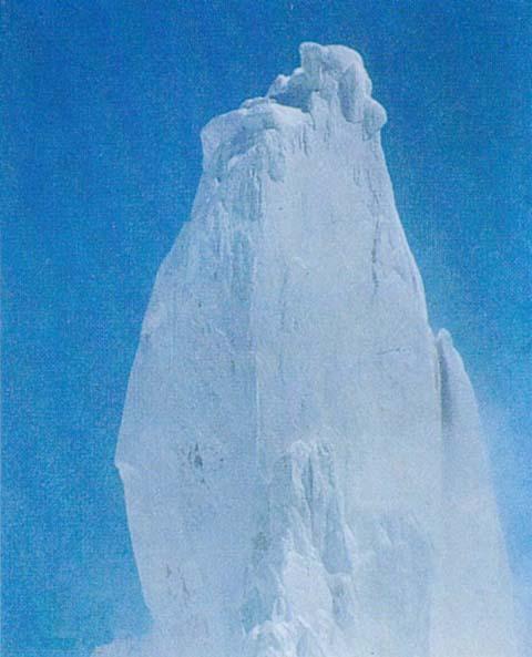 La cumbre del Cerro Torre. Para algunos Ferrari fue el primero en pisarla realmente