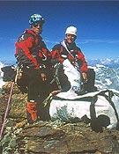 Jasper y Treppte en la cima del Matterhorn - Foto: Robert Jasper