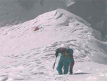 Pepe Garcés en el K2, su sexto ochomil, el pasado verano  <br> www.redaragon.com