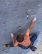 En uno de los numerosos pasos clave de 'Realization' o 'Biographie Extension'.Foto: www.climbxmedia.com