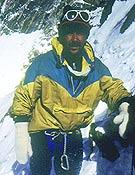 Karim durante el intento al K2 por la vía Cesen de 1987 - Foto: J. San Sebastián