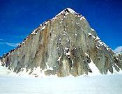 Vertiente sur del Mt. Dickey, Alaska
