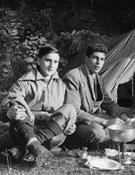 Con un amigo de escuela y su primo Paco Guillamón el verano de 1949. - Foto: Archivo Anglada