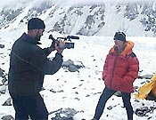 Jeff filmando para National Geographic - Foto: Araceli Segarra