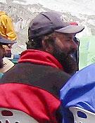 Mohamed Iqbal fallecía el pasado 22 de julio tras caer 1.400 m por la vía de los Abruzos  - Foto: Exp. Española K2 2002