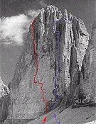 "Cara norte de la Cima Grande de Lavaredo. En rojo, Hasse Brandler, 7a+  ~  <a href=""http://www.planetmountain.com""> planetmountain.com </a>"