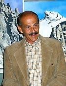 Salvador Rivas, iniciando su conferencia en la Librería Desnivel  ~ Archivo Desnivel