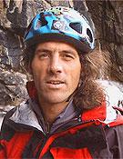 """El alpinista, guía, y """"surfer"""" catalán Jordi Tosas"""
