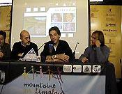 Sebastián Álvaro, Oriol Ribas y Ferrán Latorre durante la presentación de la Fundación Montañeros Para el Himalaya ~ Archivo Desnivel