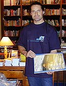 Alex Huber visitó la Librería Desnivel  ~ Archivo Desnivel