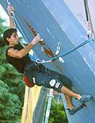 En resina, Ramón rinde igual de bien. Campeonato y Copa de España 2002, y una victoria en Copa del Mundo. Fue en Kranj, Eslovenia. - Foto: Archivo Desnivel.