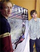 Iker y Eneko durante la presentación de su bigwallero proyecto. Eso sí, será todo en libre, siempre que se pueda. - Foto: El Correo