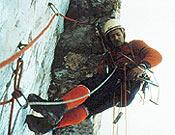 Escalando la Cima Grande de Lavaredo (Dolomitas) en los 60. - Foto: Col. Jordi Pons