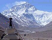 Cara norte del Everest, desde el monasterio de Rongbuk. - Foto: Exped. Guardia Civil Everest 2003