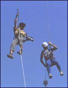 La primera sección especial del raid se centrará en escalada y maniobras con cuerdas. - Foto: Archivo Desnivel