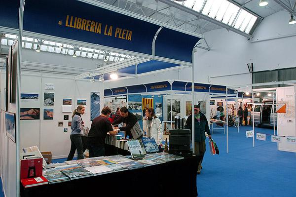 Del naranjo al everest en vic 2003 desnivel - Libreria desnivel barcelona ...