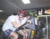 Prueba indoor de bicicleta de montaña de la primera edición del Raid Indoor Límite Rural celebrada en abril de 2003. - Foto: limiterural.net