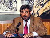 Pepe Hurtado durante su conferencia sobre el nacimiento del Parque Natural de Peñalara. - Foto: Gema Pérez