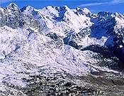 Estación de Formigal. Su ampliación amenaza Espelunciecha, valle intacto (hasta ahora) del Pirineo aragonés.- Foto: Archivo Desnivel