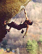 Vadim Vinokur escalando a vista en Rumney, New Hampsire (Estados Unidos). - Foto: rockclimbing.com
