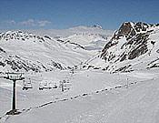 Solitario aspecto de la estación de esquí de esquí de Cerler durante esta temporada.- Foto: Plataforma en Defensa de las Montañas