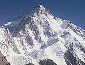 Vertiente sur y cara oeste (izq.) del K2. - Foto: K2 Magic Line