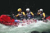 Descenso en Kayaks durante una de las pruebas clasificatoriasa. - Foto: theraid.com