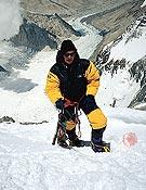 En la imagen, rampas de la Arista norte del Everest, vía por la que coronó en 1999. - Foto: Col. Chus Lago