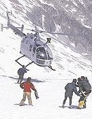 Grupo de Rescate de la Guardia Civil preparando una evacuación en helicóptero. - Foto: desnivelpress.com