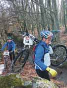A veces la bici se convierte en un obstáculo en algunos tramos.</br>Foto: Archivo Desnivel