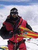 Carlos Pauner volverá con un doble objetivo este año, Everest sin oxígeno y Nanga Parbat, tras su doblete en 2004 al G1 y Cho Oyu (en la foto). Foto: carlospauner.com