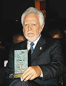 Vital Alsar recibió el Premio Nacional.Círculo de Bellas Artes. Abril 2005.Foto: Sergio Prieto