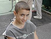 Erik López en un descanso del Campeonato de España de Escalada Juvenil 2004.- Foto: Fedme