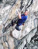 Rich Simpson encadena Liquid Amber, 8c de Lower Pen Tryn, Gales. - Foto: planetfear.com