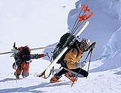 Christian Kuntner falleció ayer 18 de mayo debido a las lesiones internas provocadas por la avalancha de bloques de hielo que le alcanzó en la cara norte del Annapurna. - Foto: christiankuntner.com