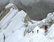 Miembros de la expedición a 7.300 m de altitud.- Foto: Exp. Makalu GMAM 2005