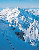 El Mt. Hunter, visto desde el McKinley.- Foto: Marko Prezelj