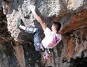 Ramón Julián escalando en Montgrony. Foto: Col. R. Julián