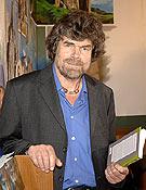 Reinhold Messner presentó su autobiografía en la Librería Desnivel. - Foto: Sergio Prieto / desnivelpress.com