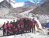 Miembros de la expedición Peruana Patagonia 2006.- Foto: climbingperu.com