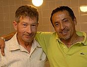 Durante su última estancia en Madrid junto a un buen amigo, Carlos Soria. - Foto: desnivelpress.com
