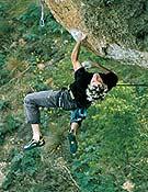 Patxi Usobiaga escalando en Cuenca; El calvario del sikario. - Foto: Luis A. Félix