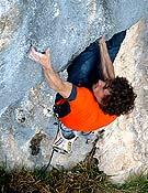 Patxi ahora en Noia 8c+, Andonno (Italia). - Foto: Col. Patxi Usobiaga