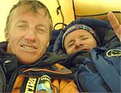 Denis Urubko y Serguey Samoilov en su pasada ascensión al Manaslu en estilo alpino. - Foto: russianclimb.com