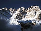 Vertiente suroeste del Knagchenjunga, montaña en la que se encuentra Iván Vallejo.- Foto: aracelisegarra.com