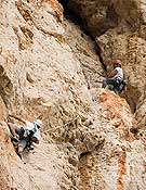 Una de las cordadas en esta edición del rally de escalada.- Foto: Rally 12 horas de escalada Peñón de Ifach