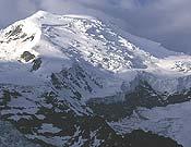 Arista norte del Dôme du Gouter y vista de la ruta histórica al Mont Blanc.- Foto: Darío Rodríguez